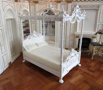 versailles bed white